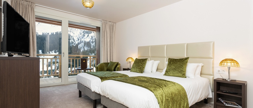 france_three-valleys-ski-area_meribel_hotel-le-mottaret_prestige-room2.jpg